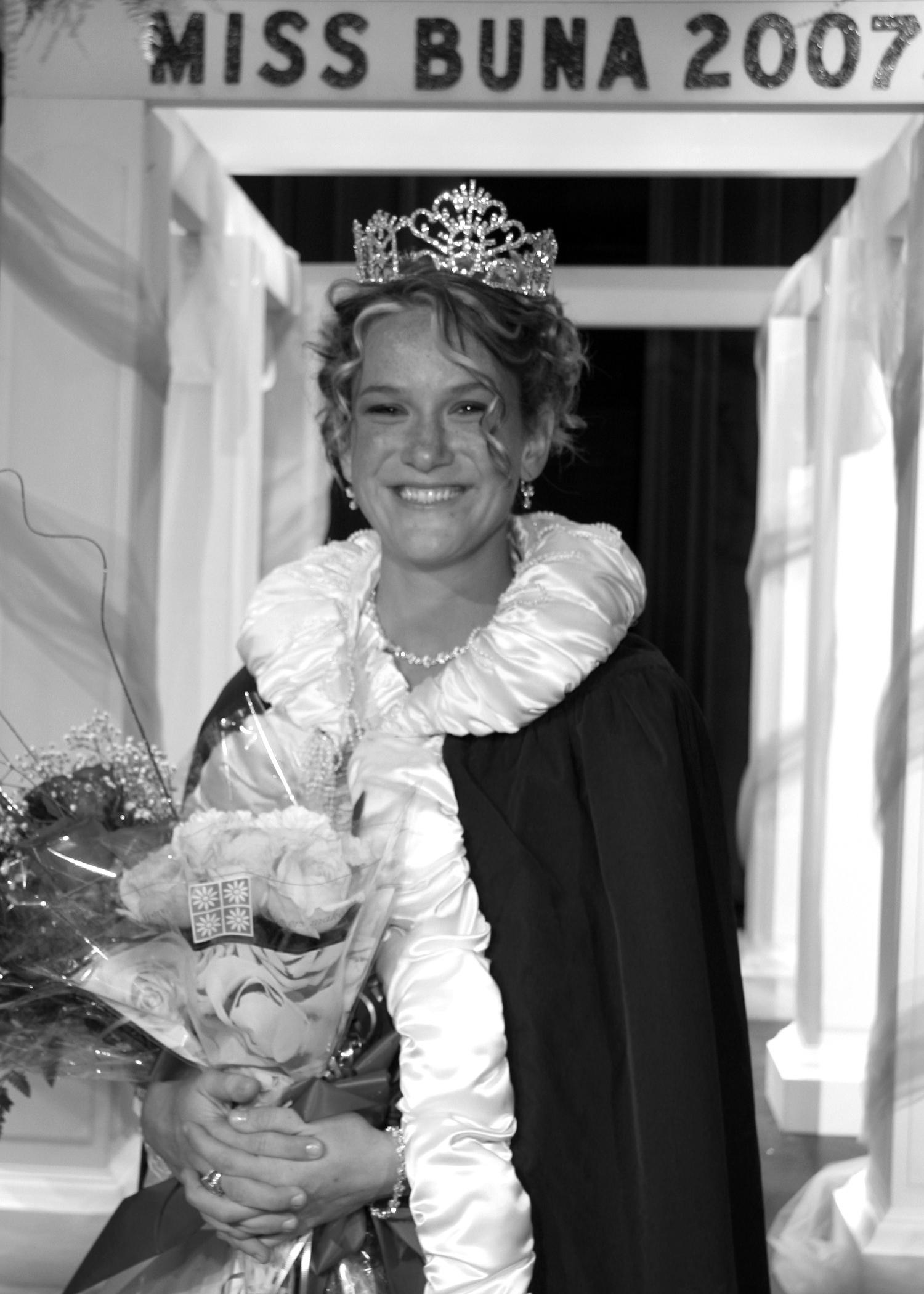 Melissa Haynes Campbell - Miss Buna 2007