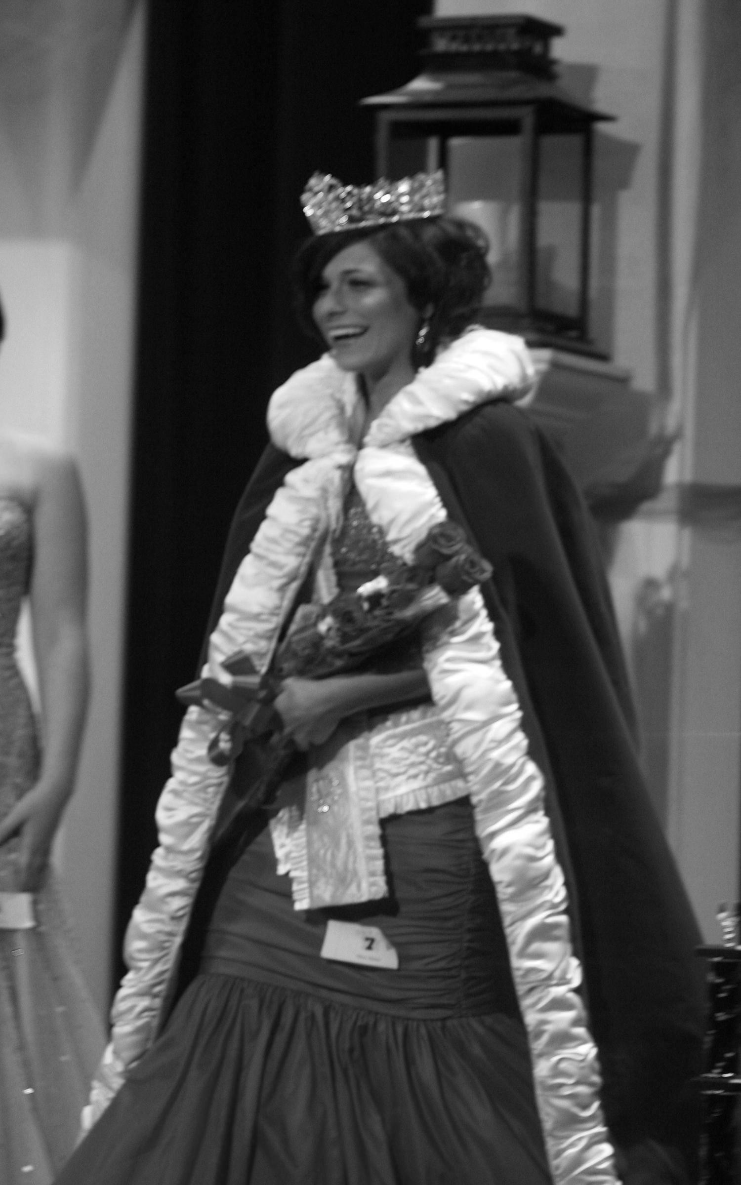 Jessica Schneider Vanover - Miss Buna 2008