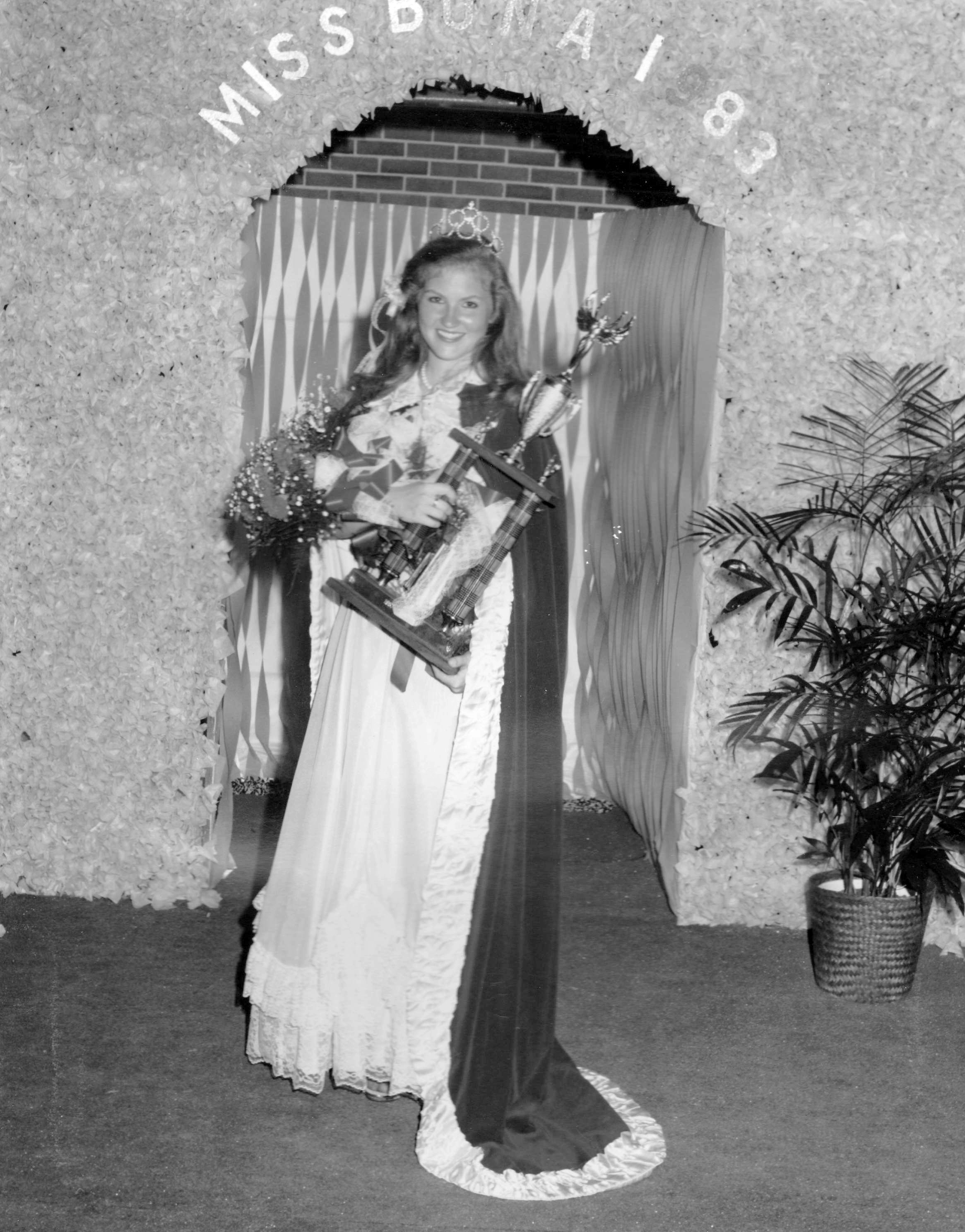 Janet Worsham Brewster - Miss Buna 1983