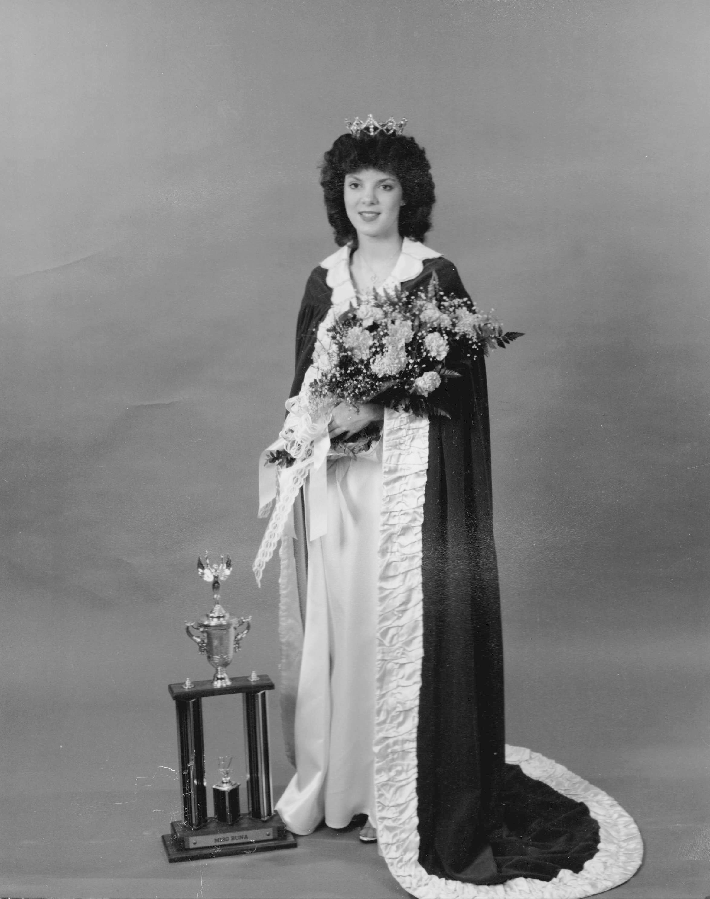 Robin Wilson Martinek - Miss Buna 1987