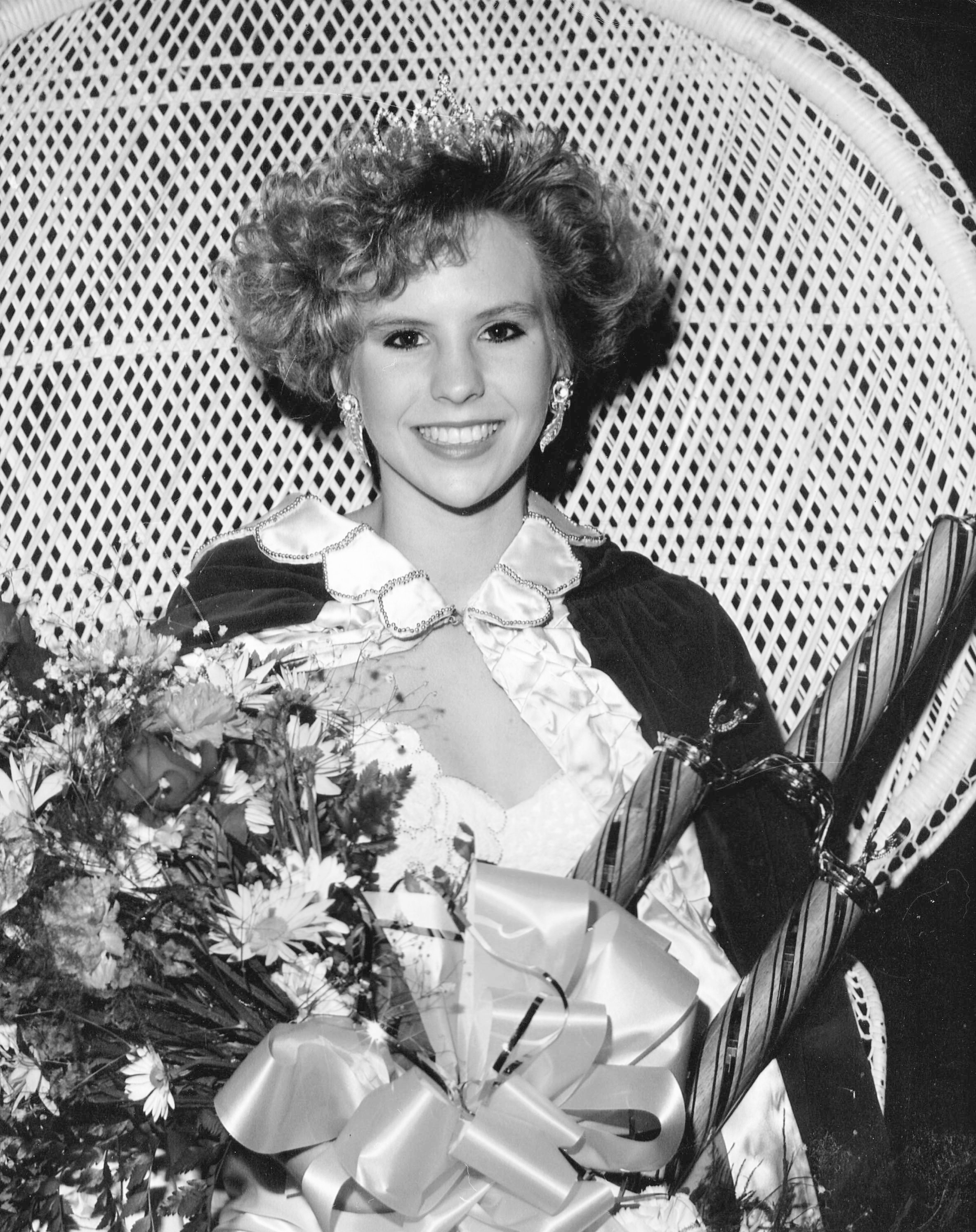 Stacy Mixsin Mason - Miss Buna 1989