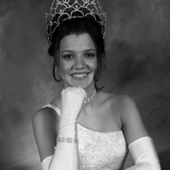 Kerby Adams Waghorn - Miss Buna 2002
