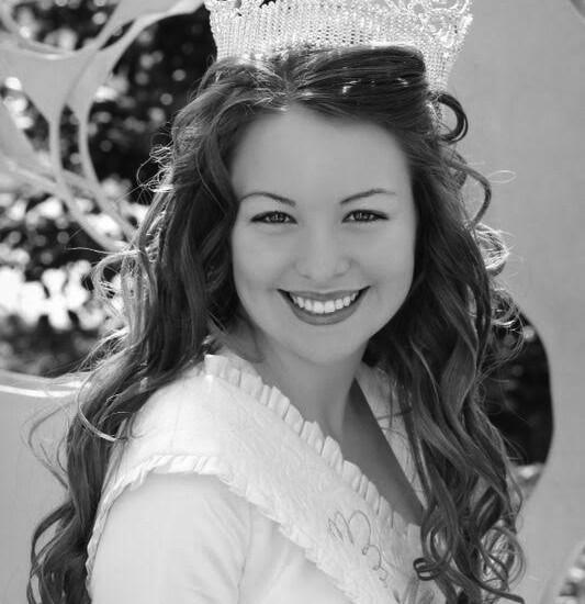 Kayla Wagstaff - Miss Buna 2012