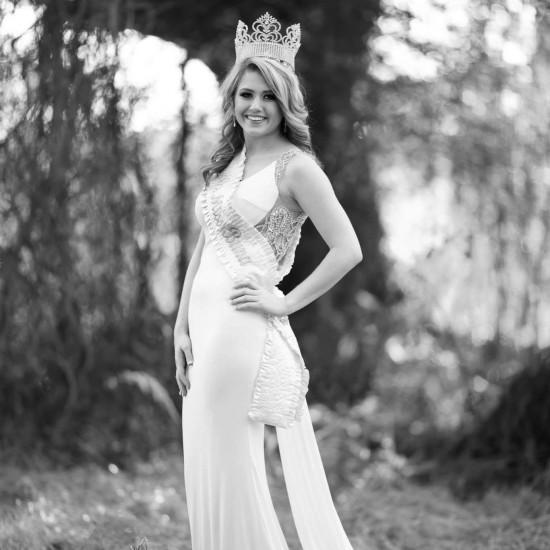 Emily Walker - Miss Buna 2014
